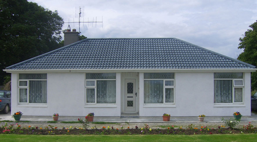 Bungalow with Hempcrete with lime render renovation